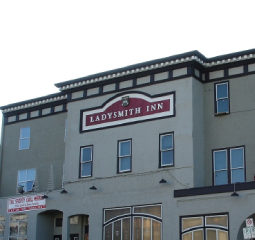 Ladysmith Inn / Sportsman Pub